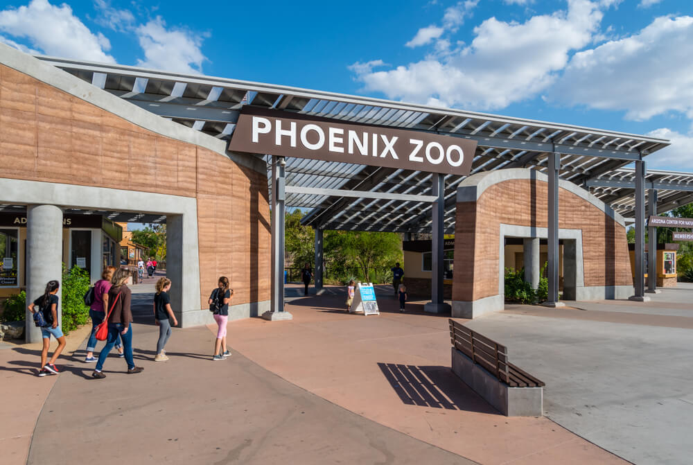 The entrance to the Phoenix Zoo