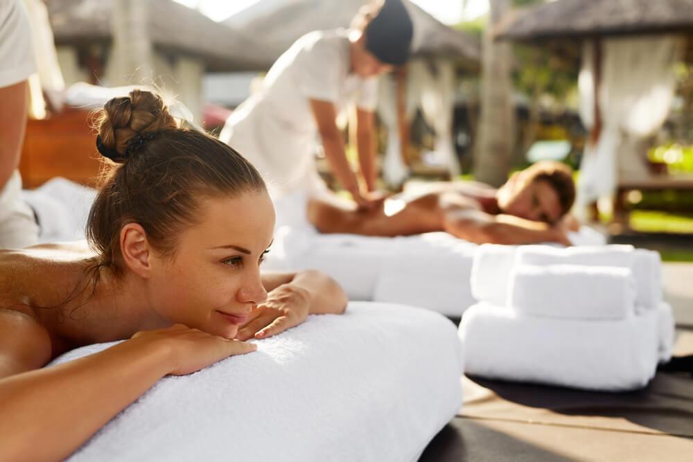 Spa Couple Massage